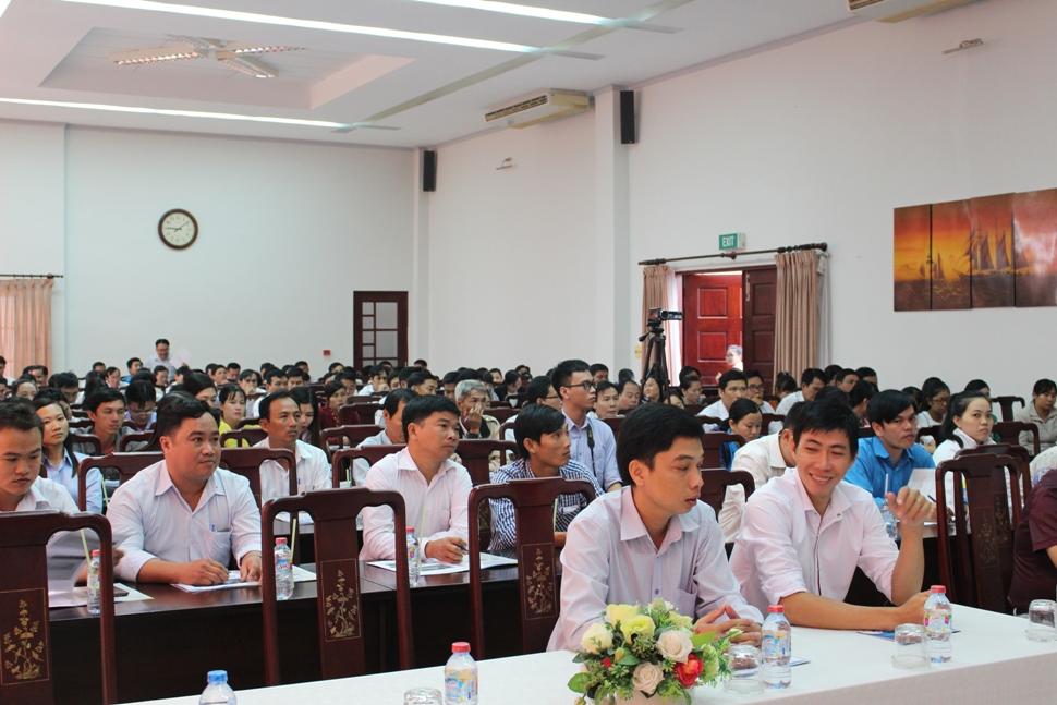 Đại biểu đại diện cho 80 xã, phường, thị trấn tham dự Hội nghị